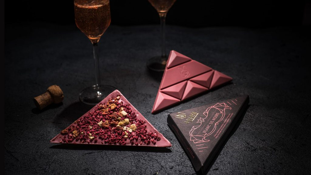 Aguara chocolate dedicated to sparkling wine Blanc de Noirs