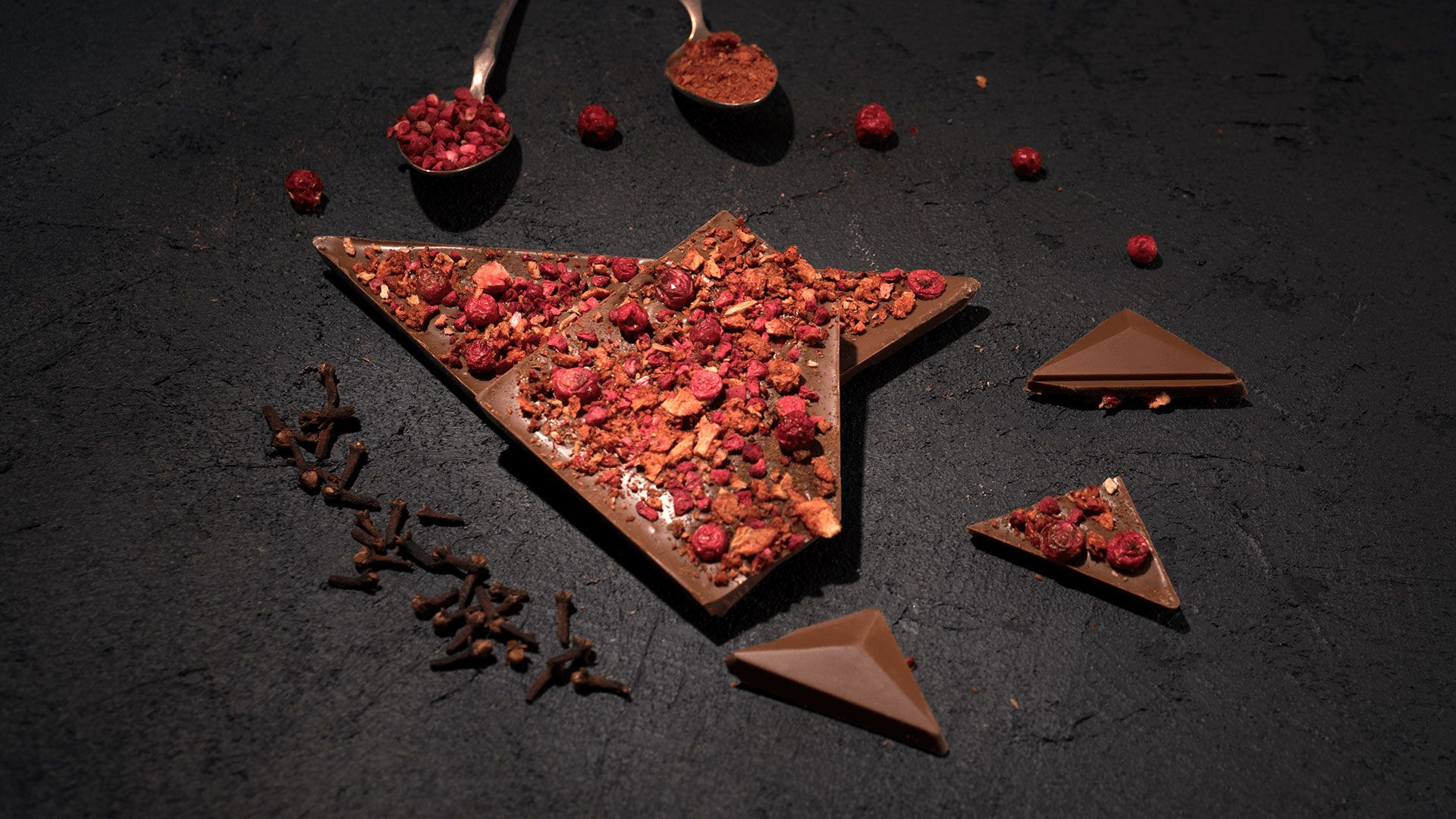 Aguara chocolate dedicated to wine Pinot noir